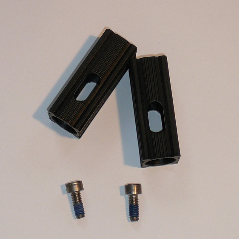 media/images/014002006/014002006-adapter-satz-fuer-vierkantrohr-2-stueck_1-1.jpg